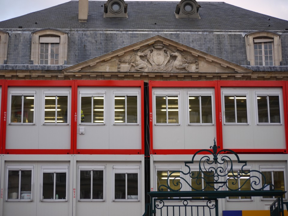 469-HOTEL TRES PARTICULIER