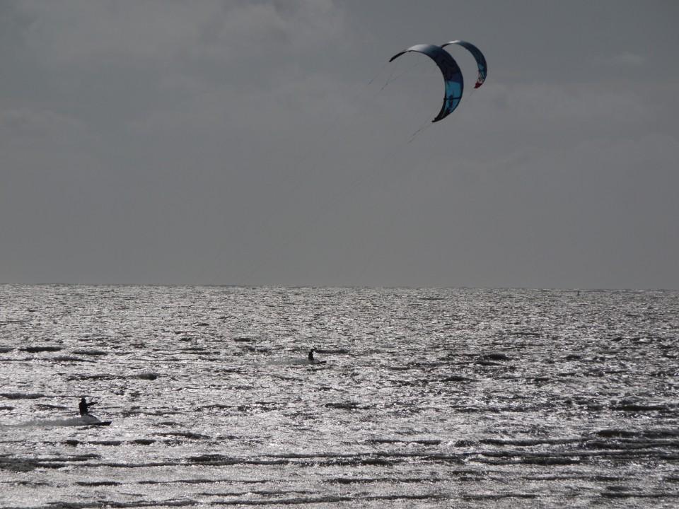 801-KITE SURF
